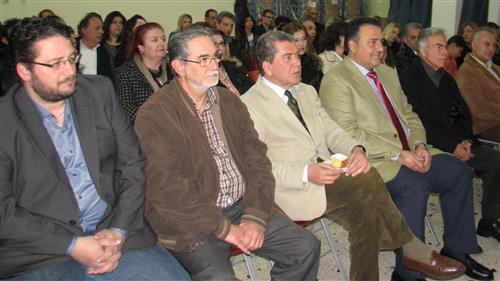 Ο Δήμαρχος Γιάννης Κασσαβός, οι Βουλευτές Αλέξης Μητρόπουλος και Γιάννης Δέδες και ο τ.πρόεδρος της Ένωσης Λ.Υφαντής
