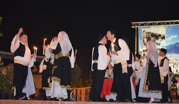 πολιτιστικές εκδηλώσεις, Μάιος 2015, Άνω Λιόσια, πολιούχοι, Αγίων Κωνσταντίνου και Ελένης, σύλλογος Ηπειρωτών Άνω Λιοσίων, δήμος Φυλής
