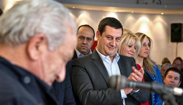 Δημήτρης Κουκουβίνος, πρόεδρος, δημοτικό συμβούλιο, Ίλιον