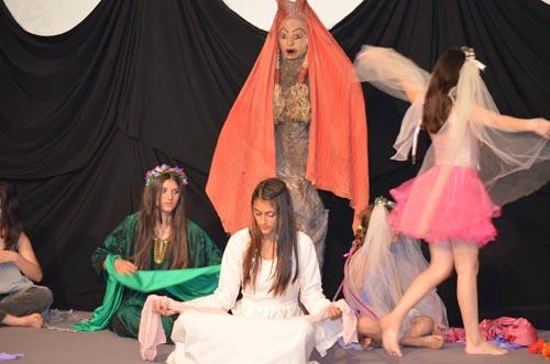 θεατρική παράσταση, πρωτοβουλία αλληλεγγύης πολιτών Φυλής, της νεράιδας το μαντήλι, 7ο δημοτικό, Άνω Λιόσια, θεατρική ομάδα, θεατροφαντασία