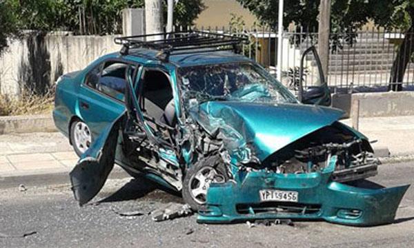 τροχαίο, ατύχημα, Ζωφριά, τραυματίες, δυο παιδιά, ΙΧ αυτοκίνητο, φορτηγό, Μεγάλου Αλεξάνδρου