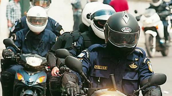 ομάδα ΔΕΛΤΑ, αστυνομικοί