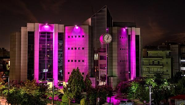 δήμος Ιλίου, δημαρχείο Ιλίου, φωταγώγηση, ροζ χρώμα, εκστρατεία, καρκίνος του μαστού
