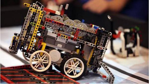 διαγωνισμός ρομποτικής, εταιρική υπευθυνότητα, cosmote, WRO hellas