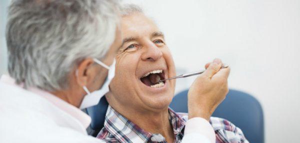 odontiatriki-exetasi-ilikiomenou