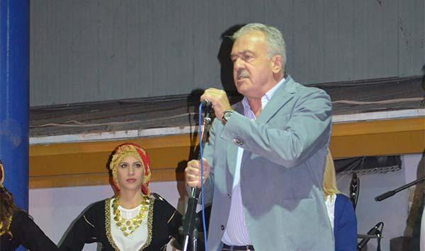 Δημήτρης Μπουραΐμης, σύλλογος Κρητών, Άνω Λιοσίων, κρητική βραδιά