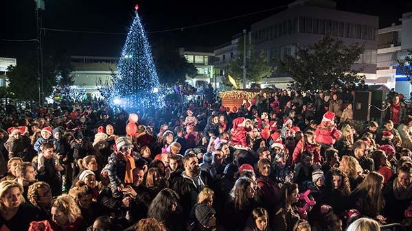 δήμος Ιλίου, Χριστουγεννιάτικο δέντρο, φωταγώγηση