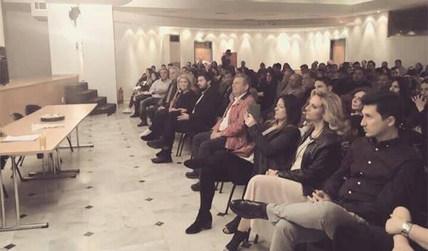 """πολιτιστικός σύλλογος. Ρομά, """"Αγκαλιάζω"""", δημαρχείο Ιλίου, Απόστολος Αθανασόπουλος, εθνικός διαμεσολαβητής, για θέματα Ρομά"""
