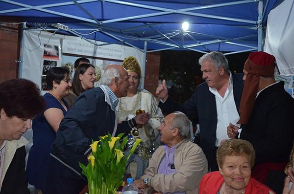 doxthi.gr|Δημήτρης Μπουραΐμης, περίπτερα, συλλόγων, πολιτιστικές εκδηλώσεις, Άνω Λιόσια