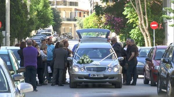 κηδεία, 11χρονος Μάριος, Αχαρνές, αδέσποτη σφαίρα