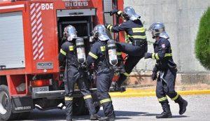 πυροσβεστικό όχημα, Άνω Λιόσια, γλέντι Ρομά