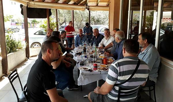 Καλή παρέα, φιλική κουβέντα και τσιπουράκι για το Δημήτρη Μπουραΐμη στη Δροσούπολη