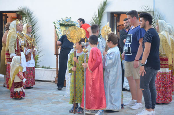εκκλησάκι, Αγίου Πέτρου, Φυλή, ιερός ναός