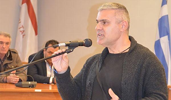 Νίκος Σταυράκης