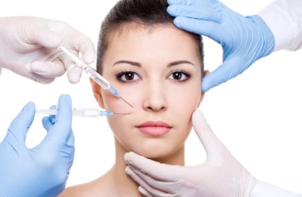 πλαστικό χειρουργό