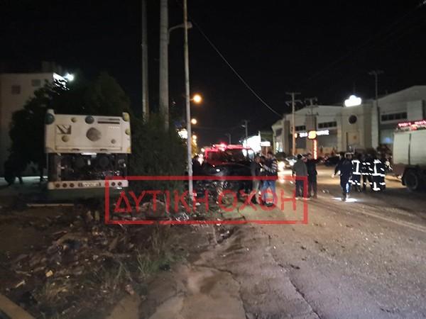 Τραγικό τροχαίο απόψε στις Αχαρνές με ένα νεκρός και 2 τραυματίες από σύγκρουση λεωφορείου με ΙΧ (φωτό)
