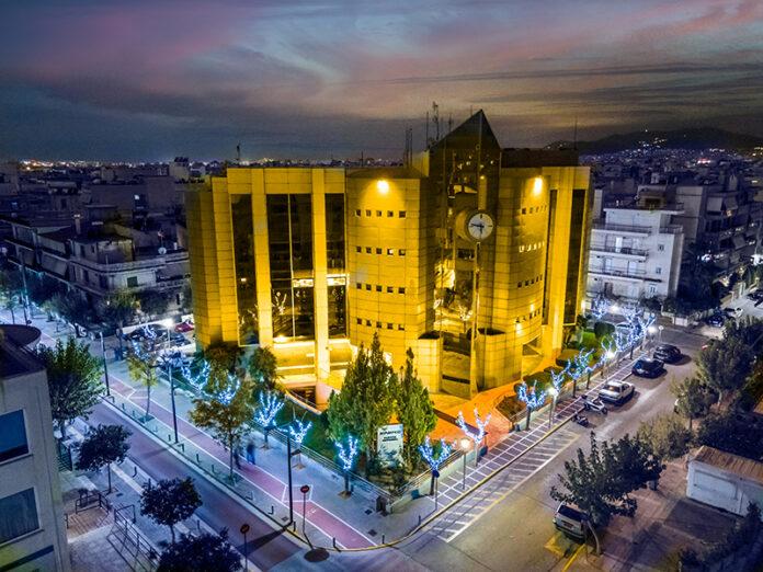 Με το πορτοκαλί χρώμα της Παγκόσμιας Ημέρας για την Εξάλειψη της Βίας κατά των Γυναικών, όπως έχει καθιερωθεί η 25η Νοεμβρίου, φωταγωγήθηκε το Δημαρχείο Ιλίου