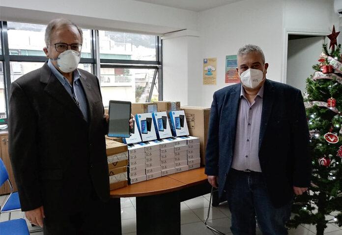 tablet, τηλεκπαίδευση, μαθητές, Δήμος Πετρούπολης,