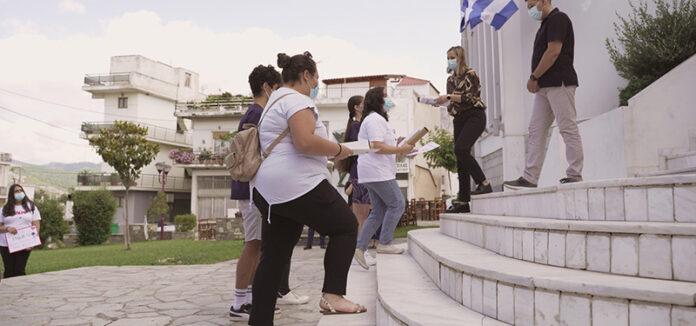 Walk the Global Walk: Στα χέρια της αντιδημάρχου Φυλής Ελένης Λιάκου τα μηνύματα μαθητών για Ειρήνη, Δικαιοσύνη και Κλιματική Αλλαγή