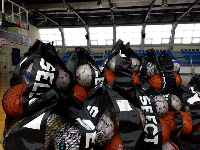 Αθλητικό υλικό διένειμε σε όλα σχολεία ο Δήμος Ιλίου