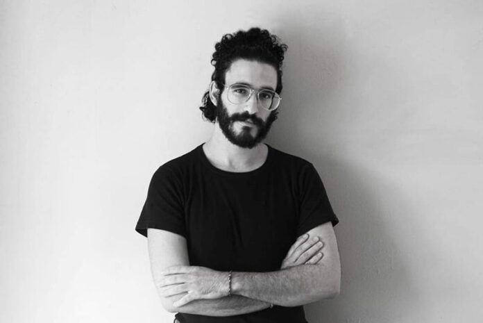 Γιάννης Αδελιανάκης: Η μυθιστορηματική