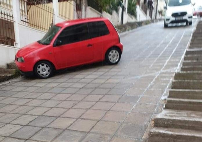 Καματερό: Σε πίστα... πατινάζ μετατρέπονται δρόμοι με την πρώτη βροχή